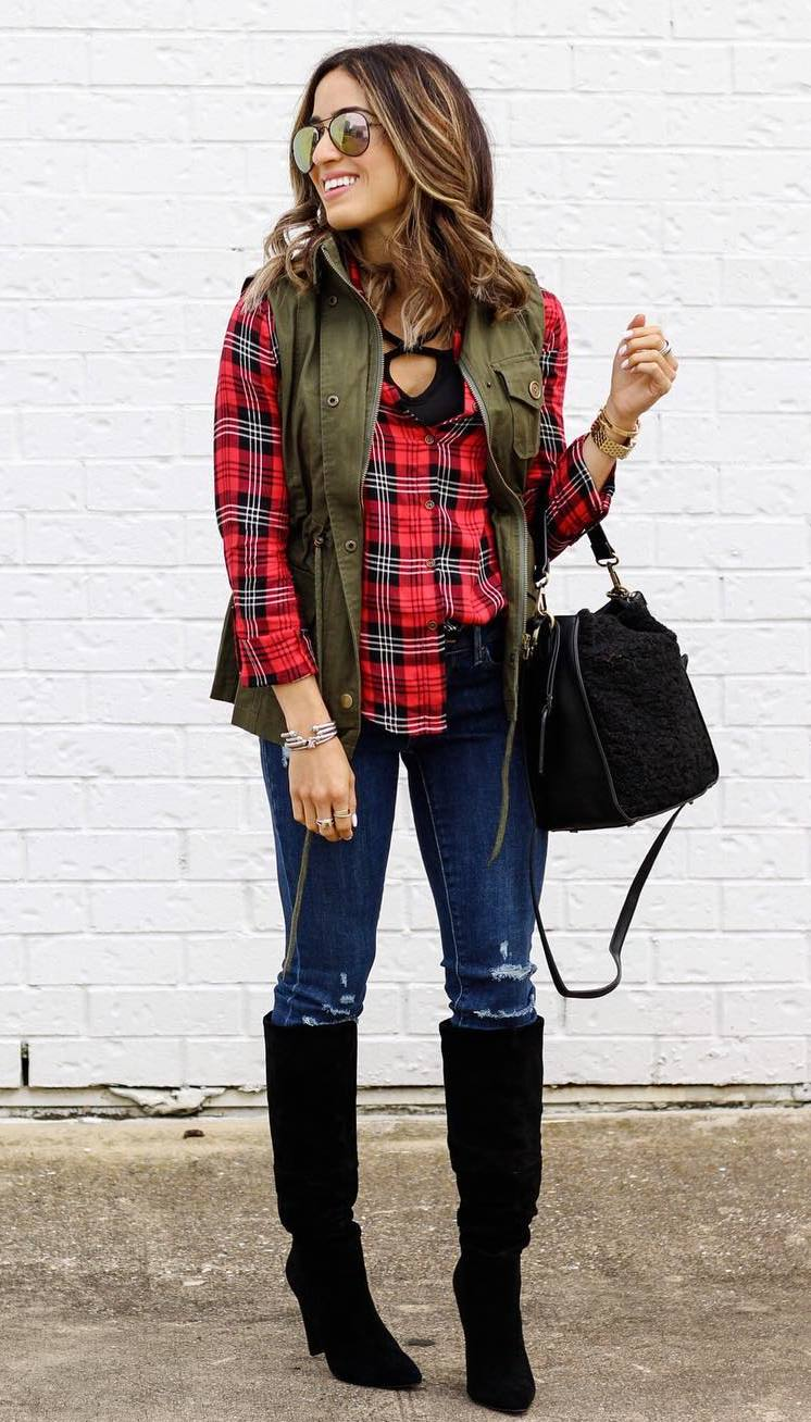 best outfit idea to copy this fall / plaid shirt + vest + bag + rips + high boots