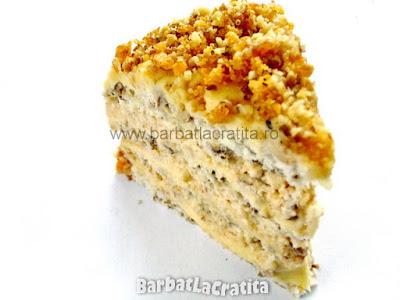 Felie de tort egiptean cu nuca si krantz (imaginea retetei)