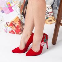 pantofi-stiletto-eleganti10