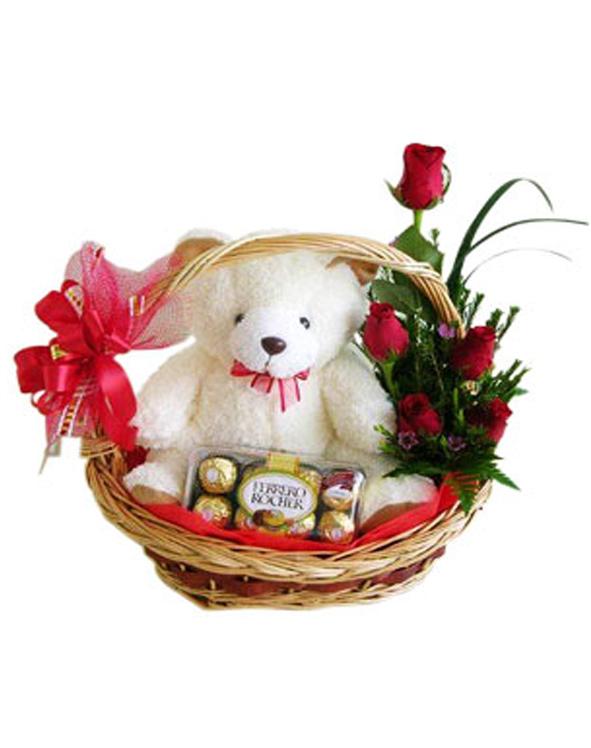 kado bunga & boneka kelahiran bayi