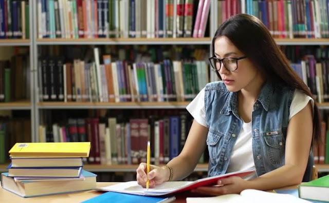 Pengertian Daftar Pustaka, Fungsi, Aturan Penulisan, Tujuan dan Contoh Menulis Daftar Pustaka yang Baik dan Benar