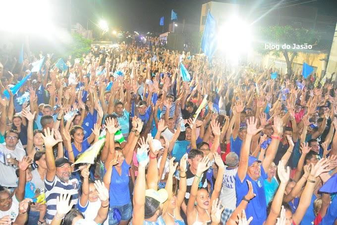 Eleição Suplementar: Uma mega multidão com Lana Leite e Mestre Raimundo pelas ruas de João Câmara