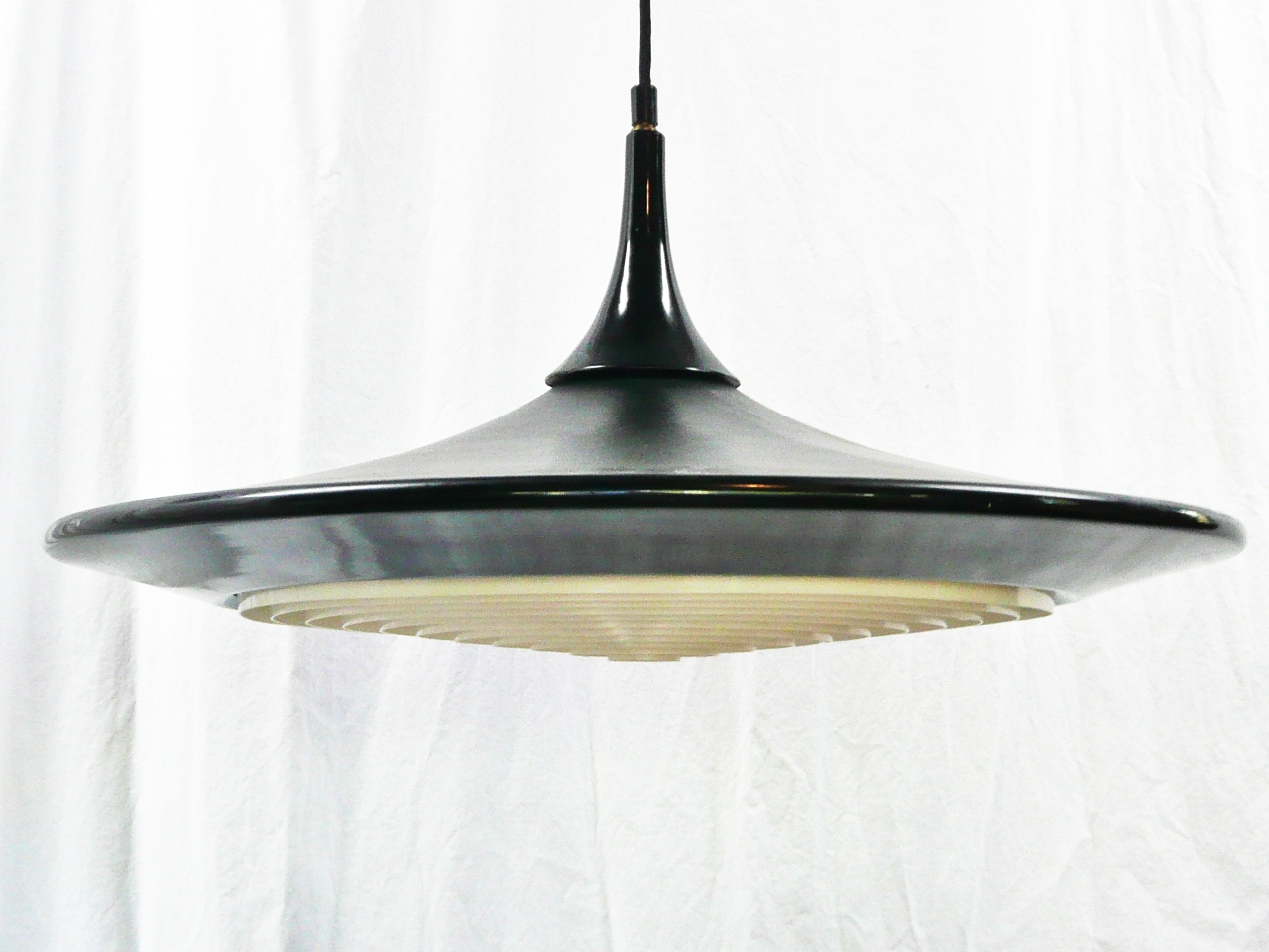 Best A Vintage Mid Century Modern With Pendant Light
