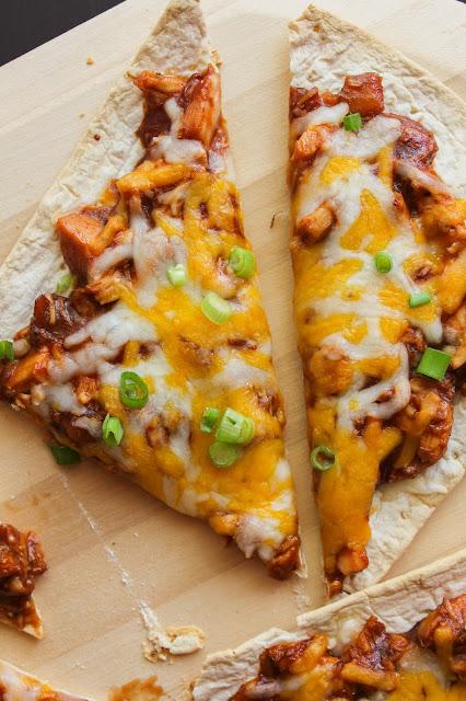 BBQ Chicken Flatbread Pizzas | The Chef Next Door