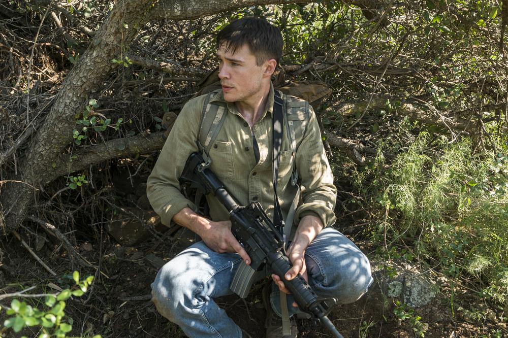Jake en la midseason finale de la tercera temporada de Fear The Walking Dead