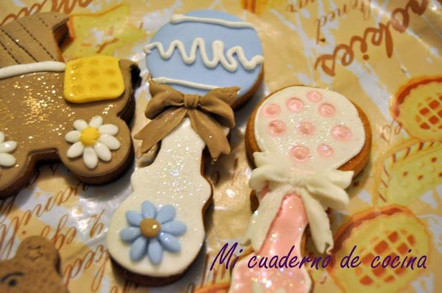 Galletas decoradas con fondant temática bebés