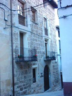 Calle Palacio, El Palau, El Palacio, Casa El Sastre, cuesta del Serrano