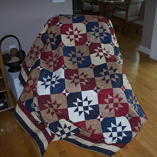 Disappearing Hour Glass Quilt Free Pattern