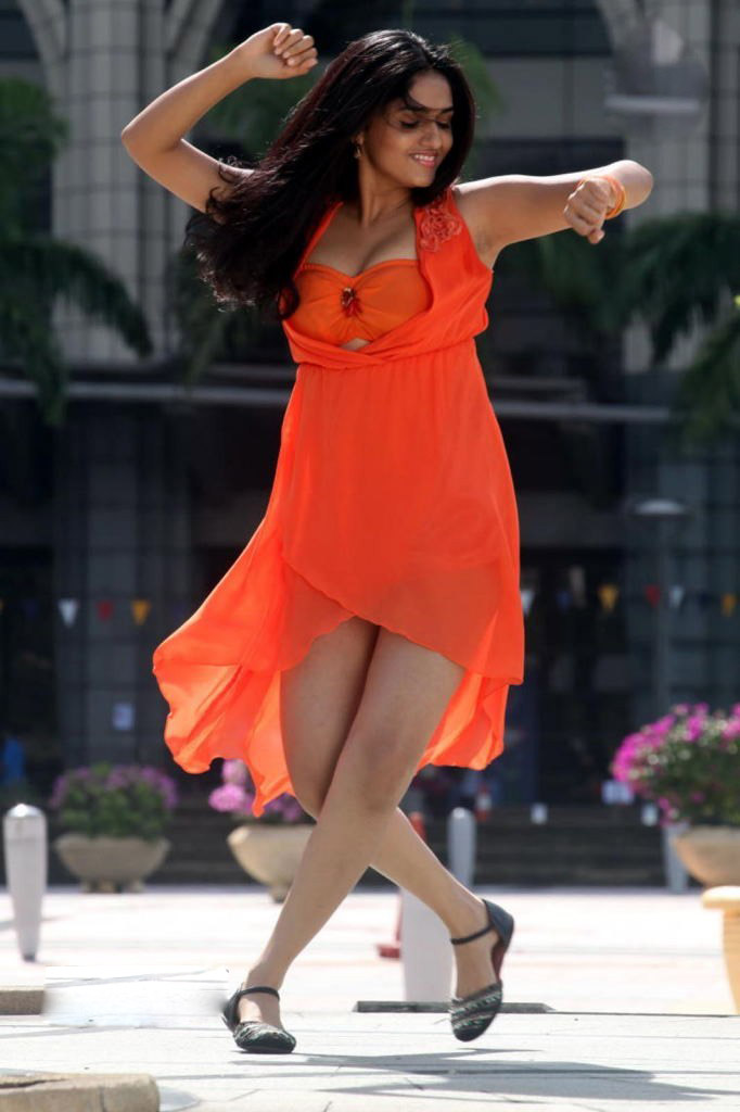 Sunaina in orange dress