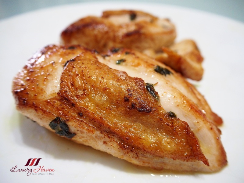 delicious pan fried chicken thyme olive oil recipe