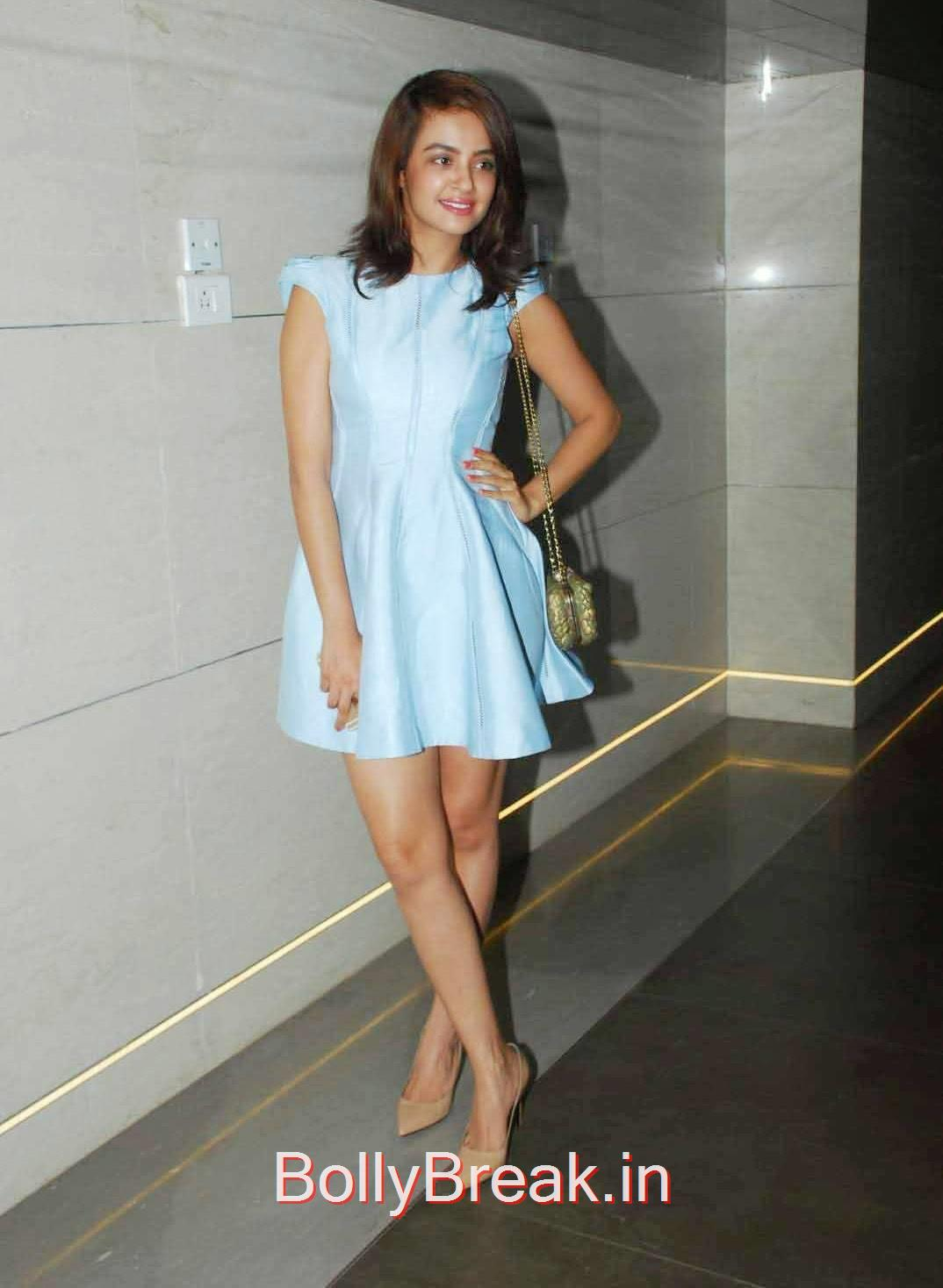 Surveen Chawla Photoshoot Stills, Surveen Chawla Hot Pics from LFW Summer Resort 2015