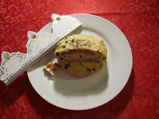 Cookies des rois coeur frangipane à la cacahuète avec fève et couronne