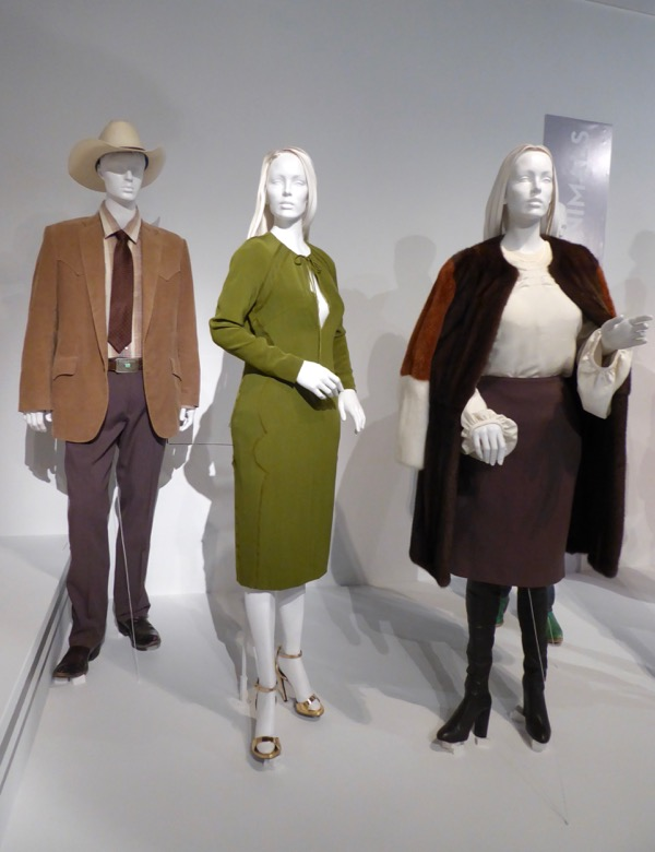 Nocturnal Animals film costumes