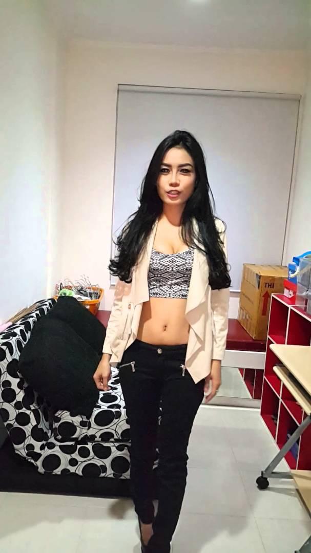 Foto Thalia Almeera FHM Girl Next Door 2016