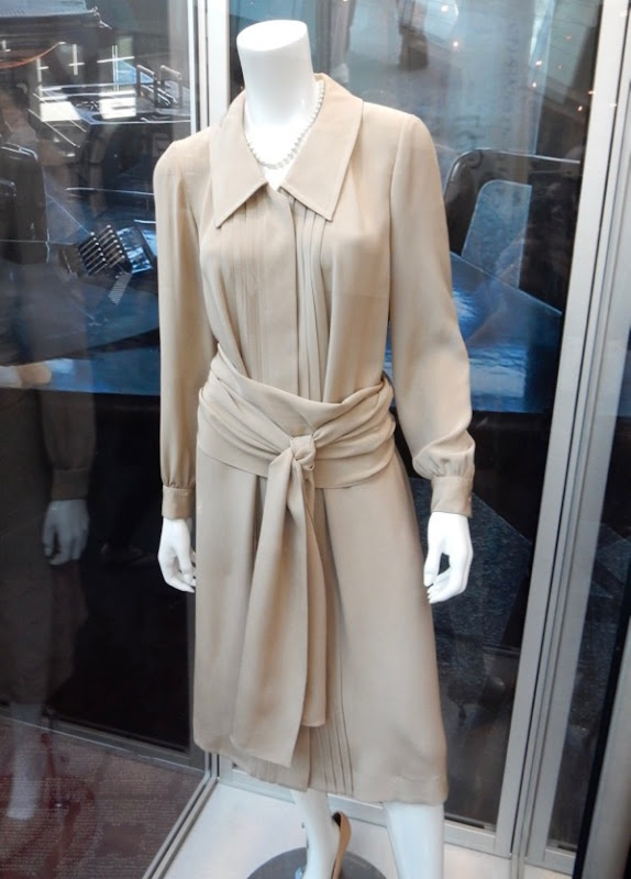 Meryl Streep Post Kay Graham costume