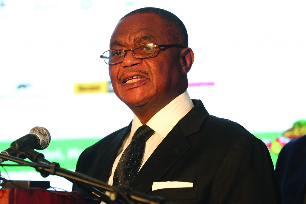 'Fake prophets be warned'. . .Don't hide behind God to attack leaders: Chiwenga