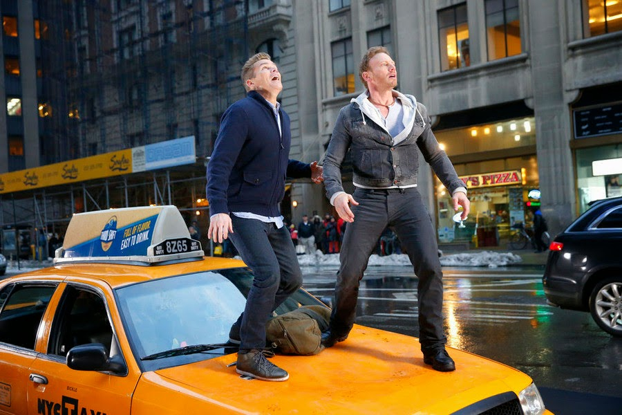 Mark McGrath Ian Ziering Sharknado 2 The Second One New York scene