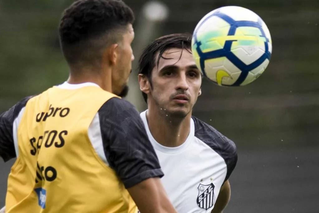 1f89f5cd2a665 O técnico Jorge Sampaoli chega ao Santos com várias tarefas importantes.  Para o torcedor santista
