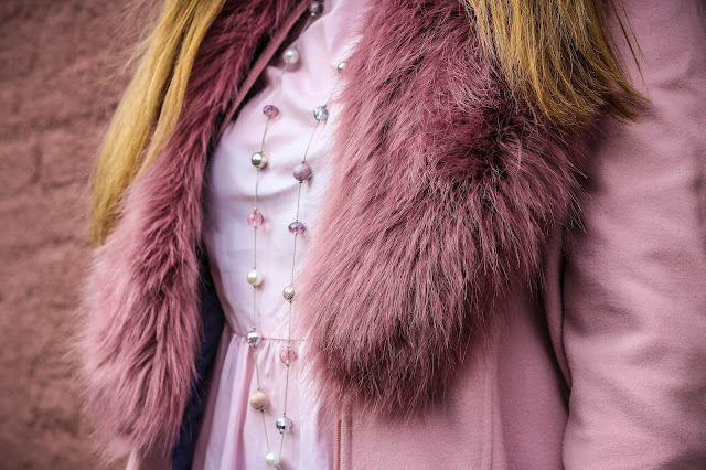 how to wear pink for autumn winter