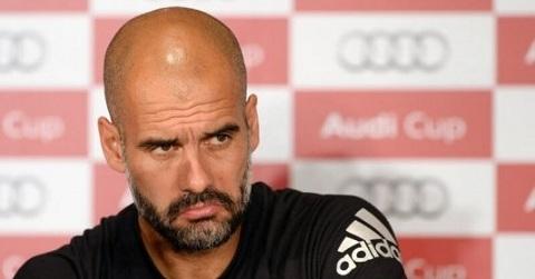 Huấn luyện viên Pep Guardiola
