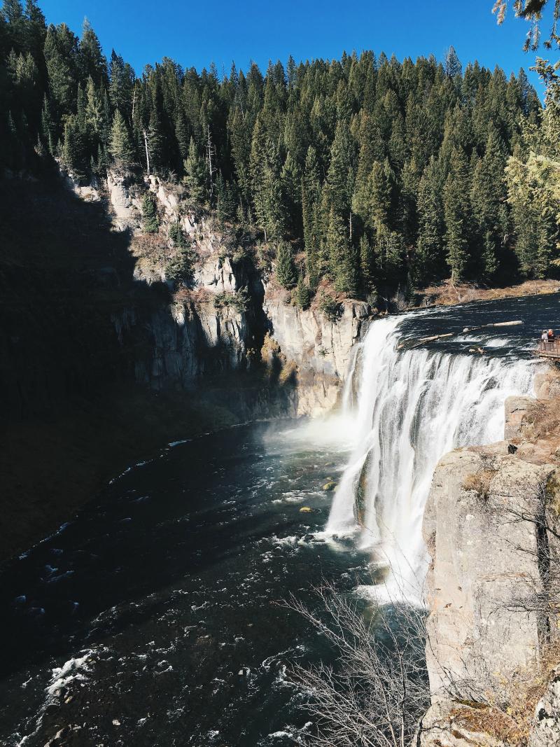 RUN STYLE RUN Mesa Falls