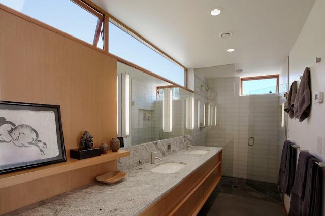 ห้องน้ำตอนยาว