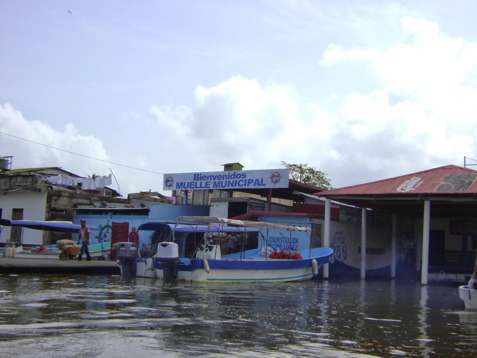 El Muelle Munil De Puerto Barrios