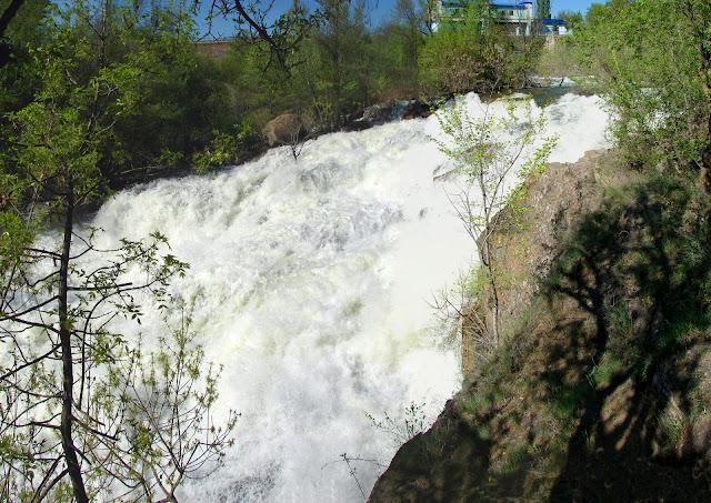 Водопад Белые Камни Восточный