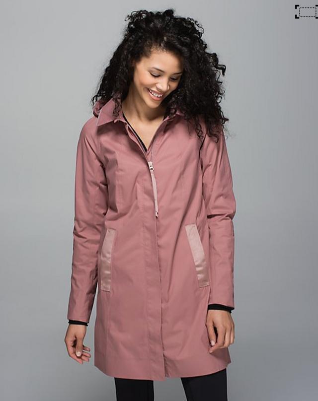 http://www.anrdoezrs.net/links/7680158/type/dlg/http://shop.lululemon.com/products/clothes-accessories/women-outerwear/Rain-On-Jacket?cc=0014&skuId=3586303&catId=women-outerwear