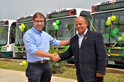 IVECO BUS entrega 42 veículos, movidos a GNV, para empresa peruana de transporte público