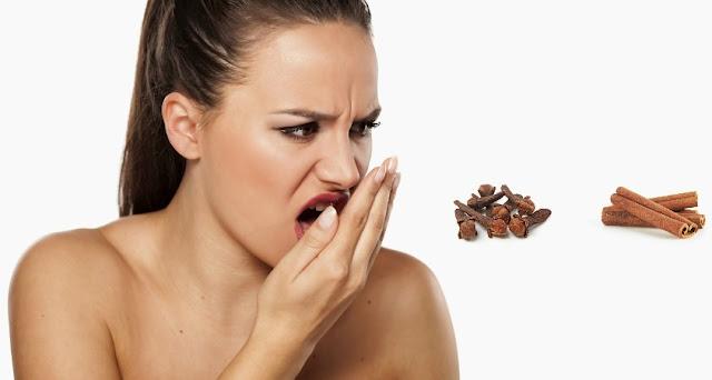 Frymë me erë të keqe, si ta eliminojmë natyralisht me këtë recetë