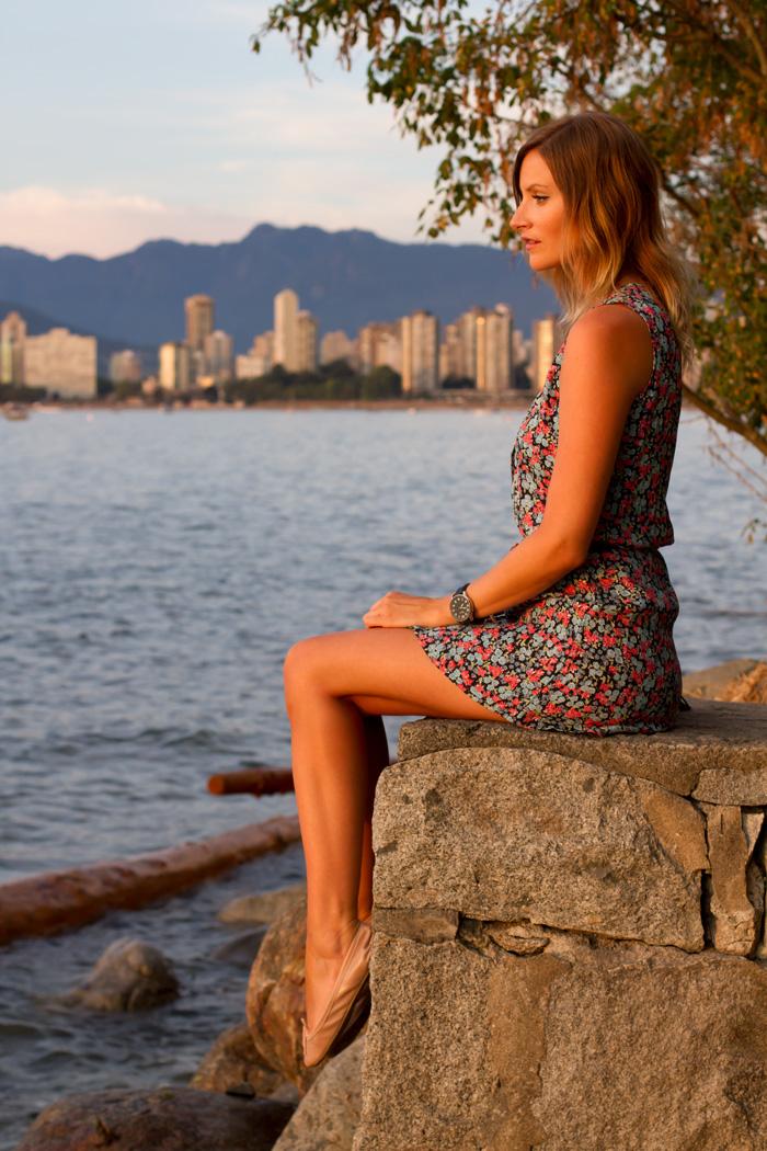 Vancouver Fashion Blogger, Alison Hutchinson, wearing a vintage floral mini dress, Forever 21 belt, Topshop nude ballet slippers, Stella and Dot Necklace and bracelet