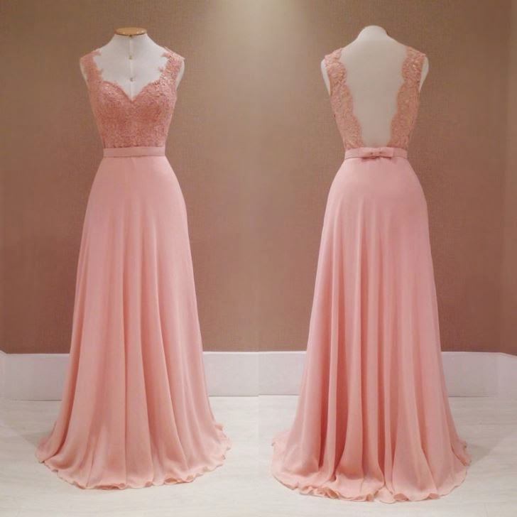 vestido de renda cor de rosa longo