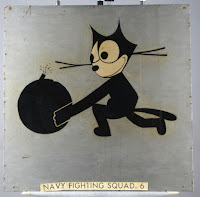 Felix the Cat holding bomb with lit fuse