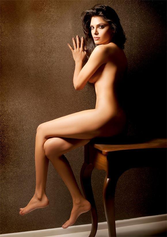 Naked Gift Blogspot 27