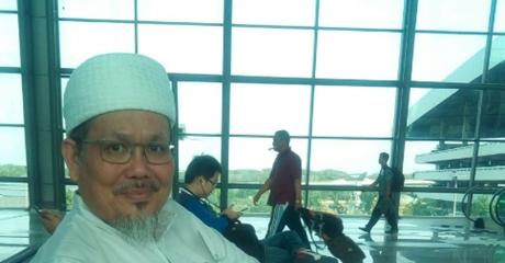 Wasekjen MUI Kembali Berkicau Soal Dana Haji, Netizen: Maaf Kalo Ulama Itu Ucapanya Membawa Pesan Damai