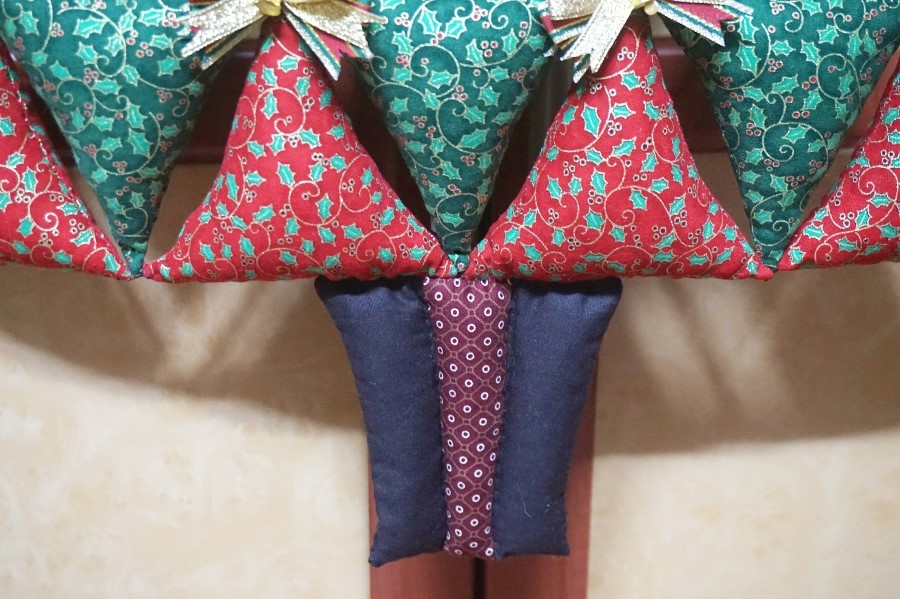 Christmas Tree Soft Toy panel. DIY step-by-step tutorial. Елочка из треугольников к Рождеству.