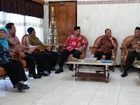 Tim Penilai Verifikasi Kompetisi Kepala RA Berprestasi Tiba di RA Perwanida Blitar