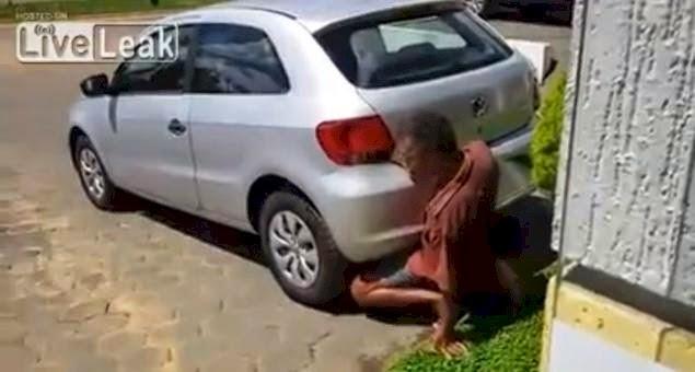 Free nudist girls pics vids