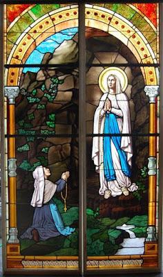 Nossa Senhora de Lourdes e Santa Bernadette - Imagens, ícone, fotos, pinturas, vitrais