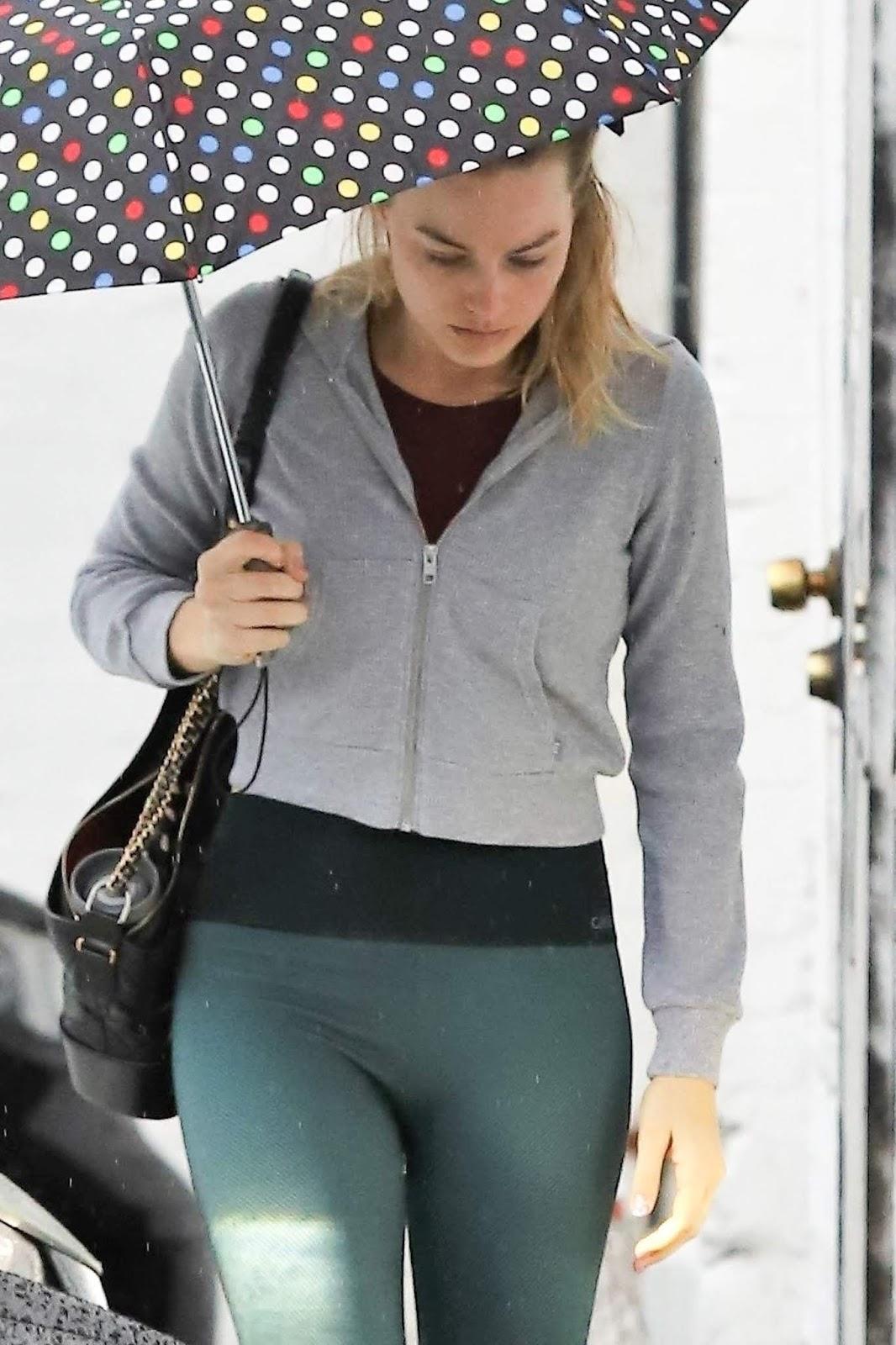 Margot Robbie hit the gyms in LA - 02/03/2019