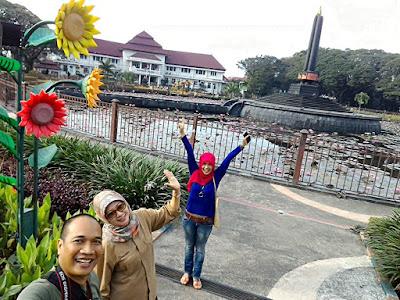 Foto Wefie di Taman Balai Kota Malang bersama kawan-kawan alumni IPB Malang Raya.