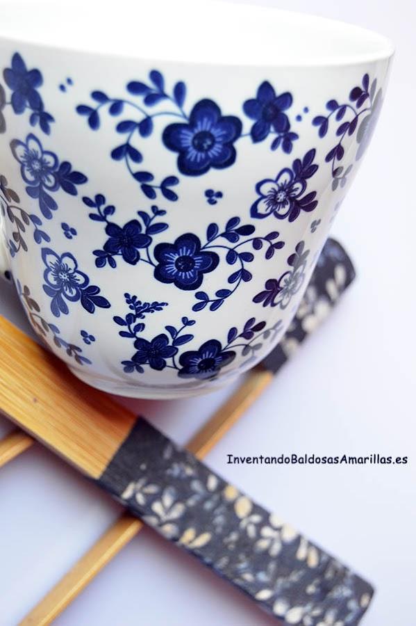 decoracion flores blancas azules
