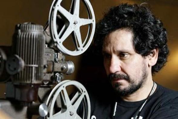 Marcos Loayza fue aplaudido por su ópera prima Cuestión de Fe de 1995 / ARCHIVOS WEB