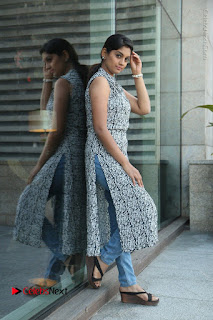 Telugu Television Actress Karuna Latest Pos In Denium Jeans  0082.JPG