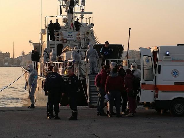 Χίος: Λιμενικό σώμα και Frontex συνεχίζουν να σώζουν ζωές