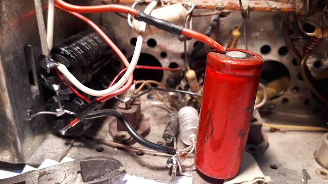 remplacement des condensateurs de filtrage de TSF