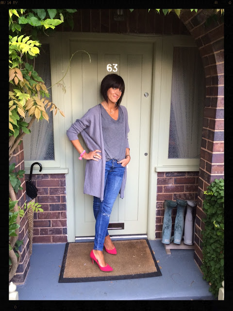 My Midlife Fashion, Hot Pink Court Shoes, Oversized cardigan, rachel wears, zara, marks and spencer