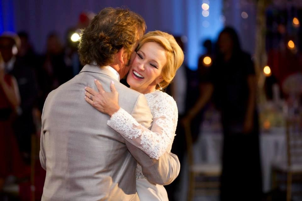 Paula White Married Jonathan Cain  : Pastor Paula White's Wedding Pictures