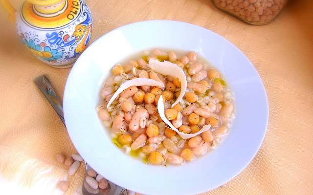 pressure cooker chickpea, white bean and barley stew